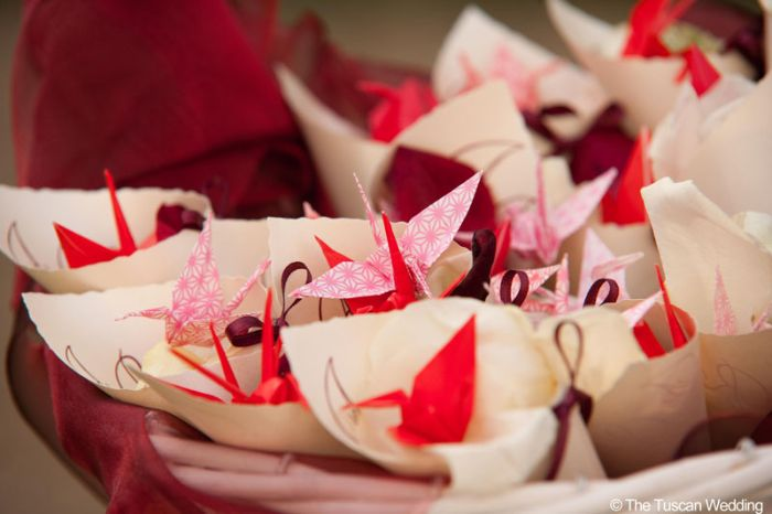 Aya & Richard Wedding in Italy // Origami Confetti // The Tuscan Wedding