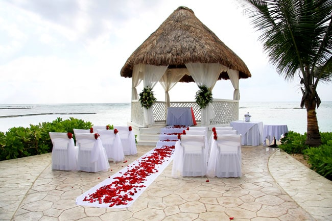 4 Top Tips from Destination Wedding Planners -Just Get Married Australia - Weddings-weddingsabroadguide.com
