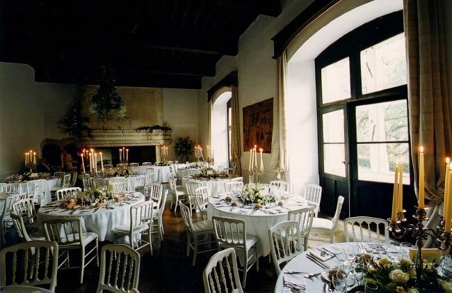 5 Wedding Planner Top Tips - weddingsabroadguide.com
