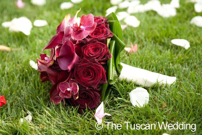 Aya & Richard Wedding in Italy // Bridal Bouquet // The Tuscan Wedding