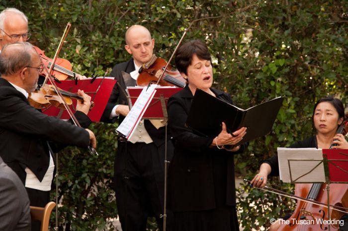 Aya & Richard Wedding in Italy // Wedding Singer // The Tuscan Wedding