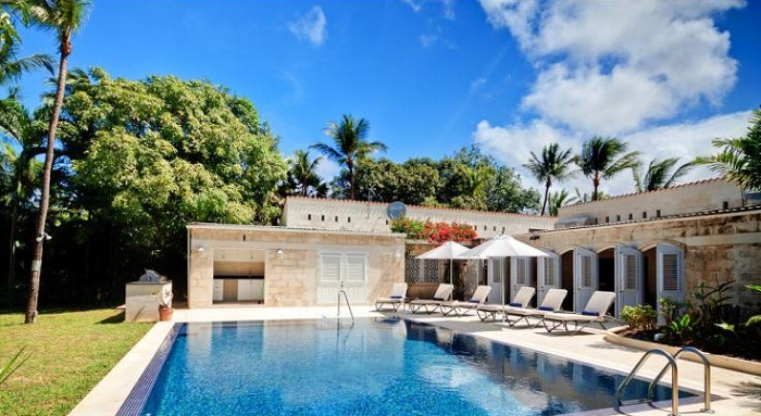 Barbados honeymoon and guest accommodation // Oliver's Travels // weddingsabroadguide.com