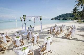 Wedding Abroad Guide - getting married in Thailand // Creative Events Asia