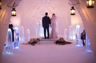 Guide to Getting Married in Lapland // Sun & Snow Weddings