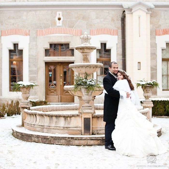 Tara & Ryan Winter Wedding // White Prague Wedding Agency // Rowell Photography