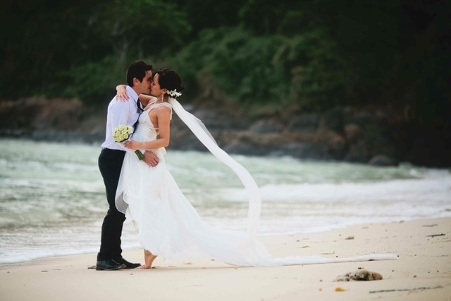 Wedding Dress for Abroad - Deanne's beach wedding dress by Australian designer Anna Campbell - Creative Events Asia - Aiden Dockery Photography - weddingsabroadguide.com