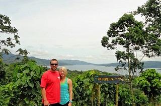 Elope in Costa Rica // Costa Rica Wedding Guide