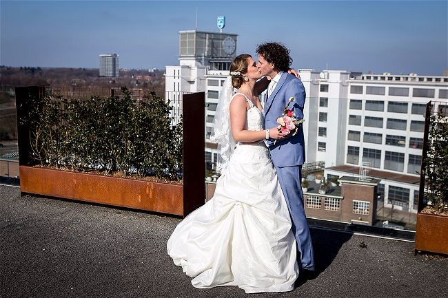 Romance in the Industry // Styled Wedding Shoot Eindhoven Netherlands // Angela Hass Photography