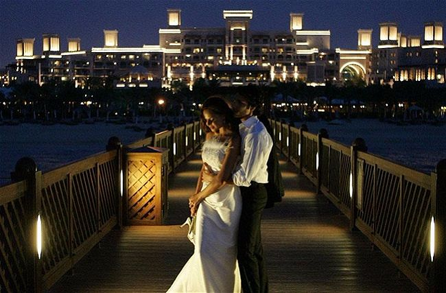 Wedding in Dubai & the UAE // Save the Date Wedding Planning Agency