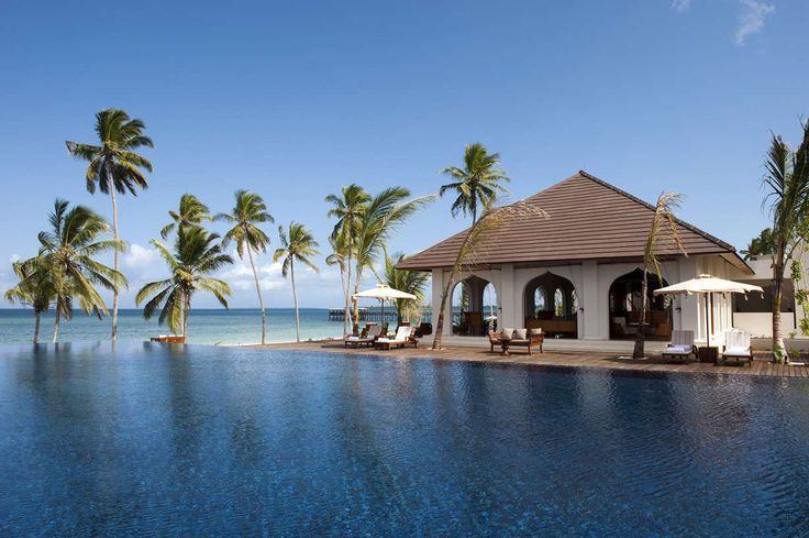 Wedding & Honeymoon Guuide Zanzibar // Holidaysplease // weddingsabroadguide.com