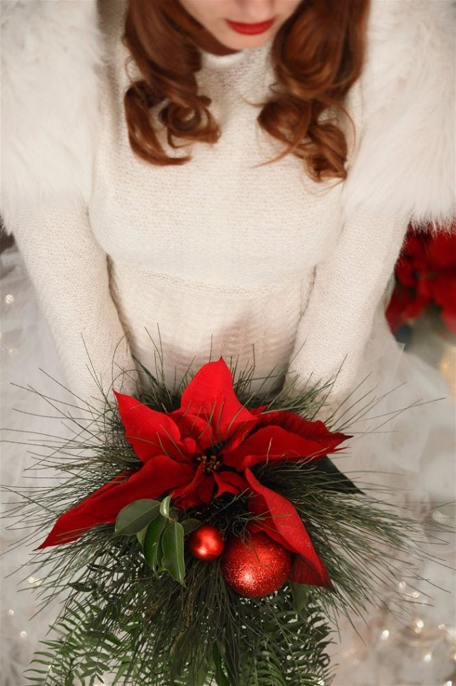 christmas themed inspirational wedding shoot by weddings by sanya wedding planner greece